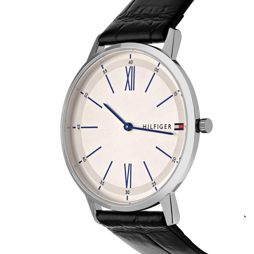 703ed9317ad Vivara Relógios Relógio tommy hilfiger masculino couro preto - 1710370.  Passe o mouse para ampliar. Confira o estoque deste produto nas lojas