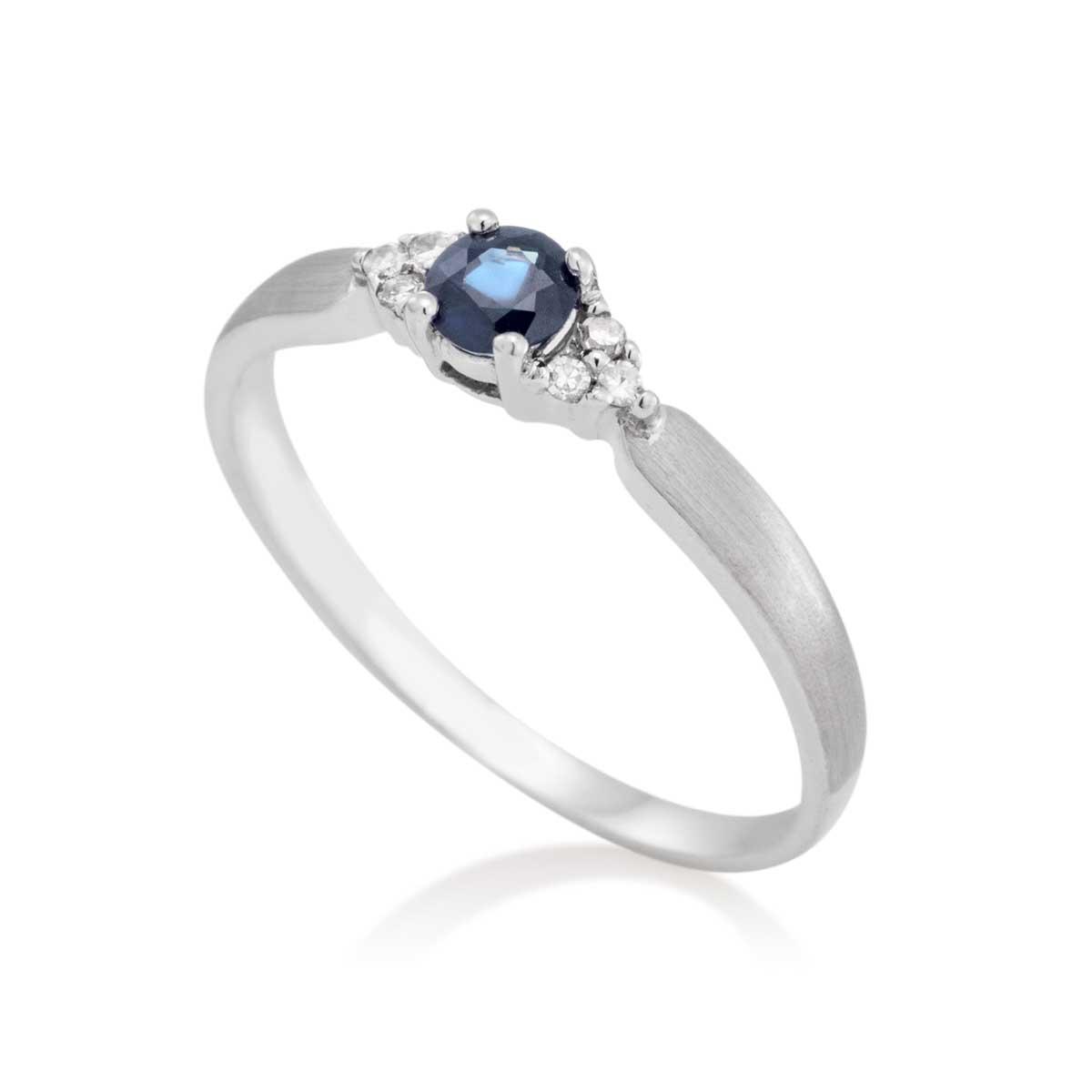 Anel Ouro Branco Safira e Diamante - Colecao Pedras Orientais 870f114d0f