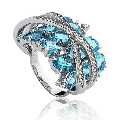 Anel Ouro Branco Topázio Sky e Diamantes - Colecao Delicata bf0e0ba2fd
