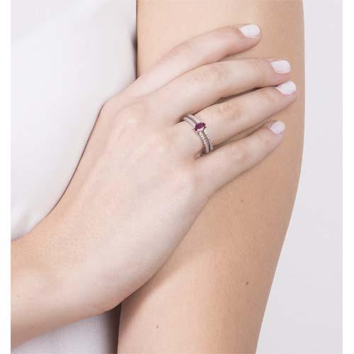 ... AneisAnel ouro branco diamantes e rubi - coleção classic oriental.  Passe o mouse para ampliar. Confira o estoque deste produto nas lojas 31055abba5