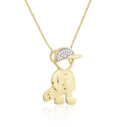 ... PingentesPingente menino skate ouro amarelo e diamantes - coleção mama.  Passe o mouse para ampliar. Confira o estoque deste produto nas lojas 4e39d5a708fbd