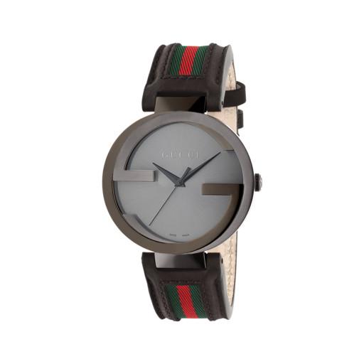 8f1bb8c36bc Relógio Gucci Unissex Couro Preto e Nylon Listrado - YA133206